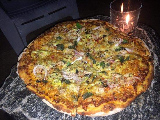 Chris and Olli Beach Hut: Firewood pizza..