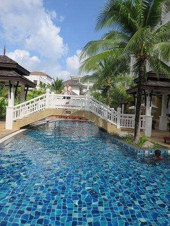 Pool - Kata Sea Breeze Resort Photo