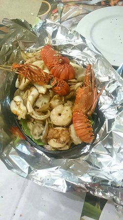 Fares Seafood - IL Mercato: FB_IMG_1540318480632_large.jpg