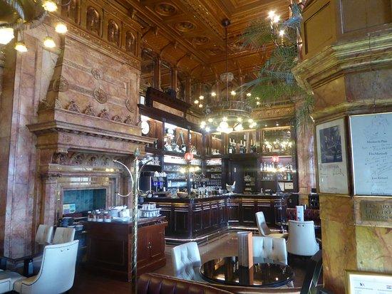 Hotel Metropole: Bar