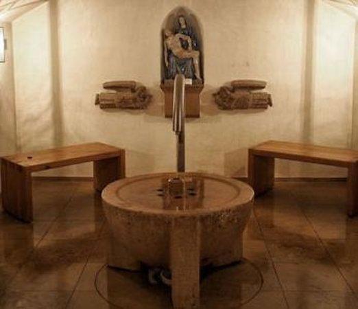 Schramberg, Germany: Brunnen im Keller