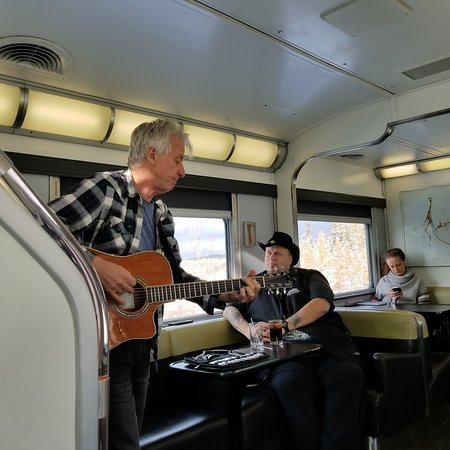 Canadian musician John Pippus was on board to entertain