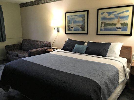 Hurley, WI: King room