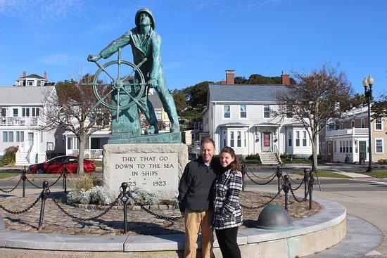 Harborview Inn: Gloucester Fisherman's Memorial that is a very short walk.