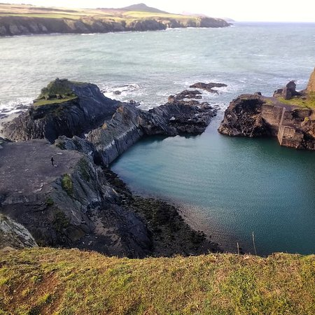 Abereiddy, UK: View from small additional hike above the lagoon