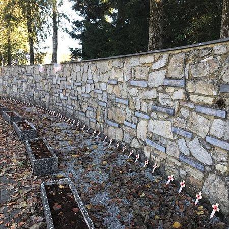 Simple and respectful memorial