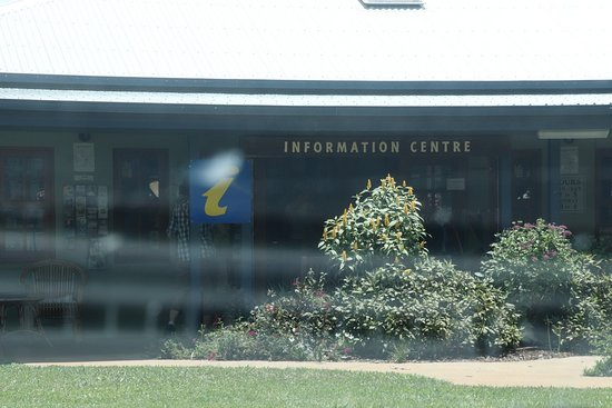 Yungaburra Visitor Information Centre