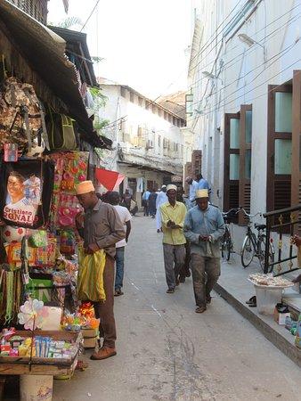 Amo Zanzibar Tours & Safaris: One of the many streets in Stone Town