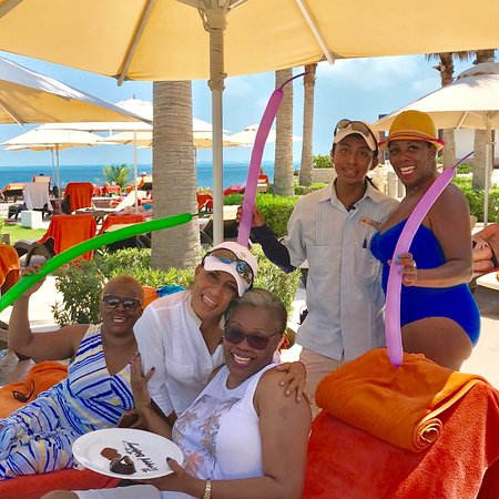 Secrets Playa Mujeres Golf & Spa Resort: Celebrating with our family