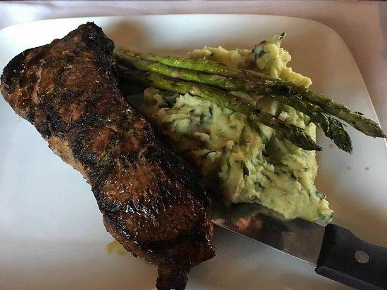 Sunapee, NH: Suna Steak & Mased Potatoes