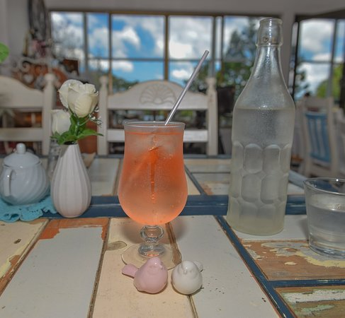The Orangery Maleny-qld: This is a healthy wonderful the refreshing spring drink LLB, along with delicious garlic bread a