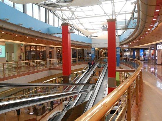 Gallerie Centro Commerciale Auchan