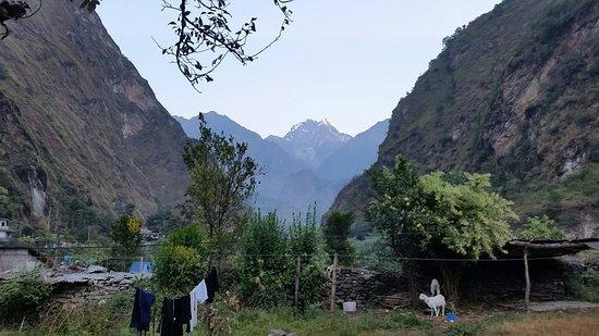 Tatopani, Nepal: 20181021_063552_large.jpg