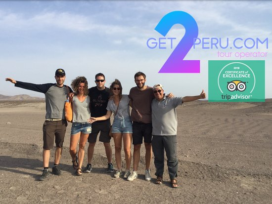 Nazca, Pérou : Nice German group Michael, Julia, Felix, Sarah and Marius thank you for choosing get2peru com