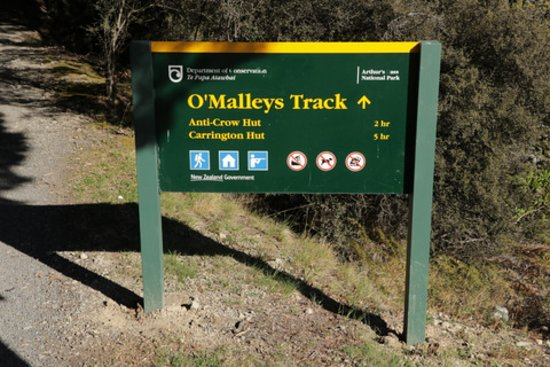 O'Malleys Track at Arthur's Pass National Park - sign