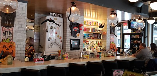 The Bar Picture Of Mom S Kitchen Bar The Jolly Monk New York City Tripadvisor