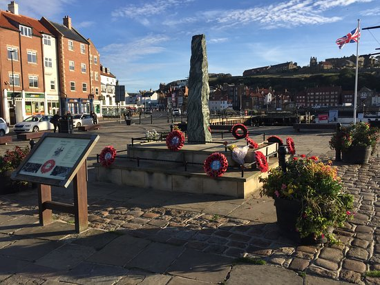 Whitby Town War Memorial