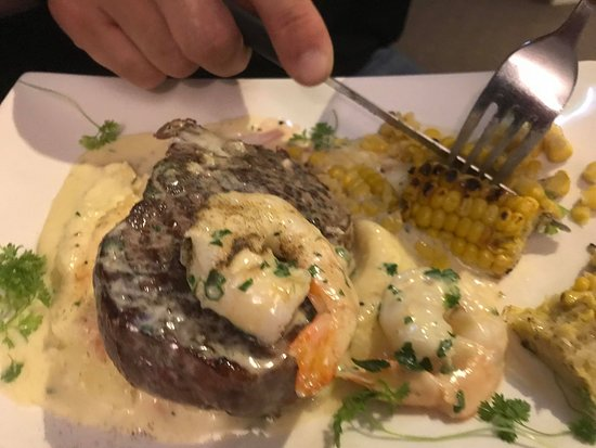 Canning Vale, Australia: Surf and Turf