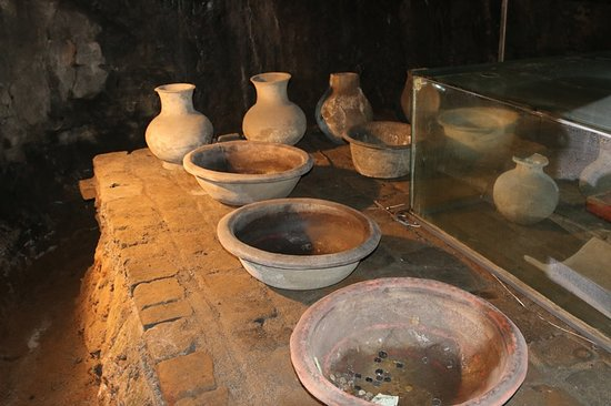 Mancheng County, Κίνα: Drinking Vessels