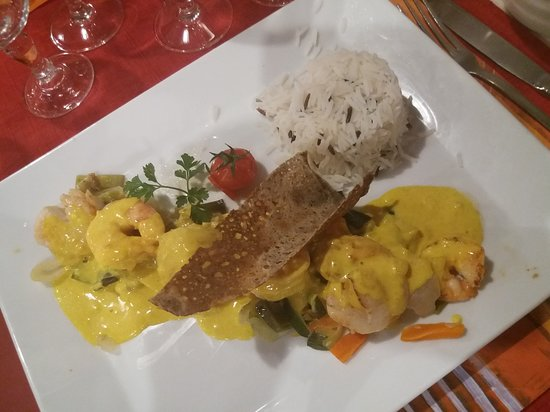 Lampaul-Plouarzel, France : Brochette St-jacques et crevettes au curry