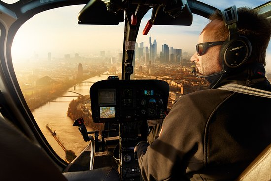 Egelsbach, Tyskland: Heben Sie mit uns ab und genießen Sie unter anderem den Blick auf die Frankfurter Skyline!