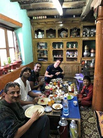 Likir, Indien: Ladakhi Sitting room