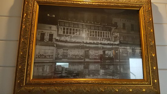 The Globe : Opposite the Kitchen Service Area is a selection of photographs of the original Globe.