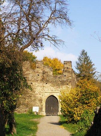 Hardegg, Rakousko: Brána...