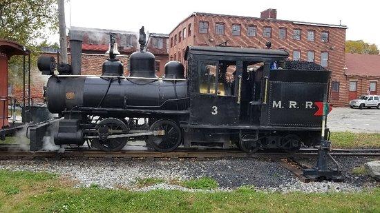 Maine Narrow Gauge Railroad Company and Museum: Narrow guage railroad in Maine.  Had a fun ride along the coast.
