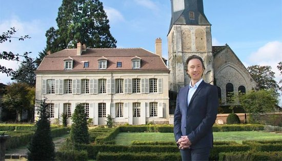 Thiron-Gardais, Frankreich: Stéphane Bern, propriétaire et bienfaiteur.