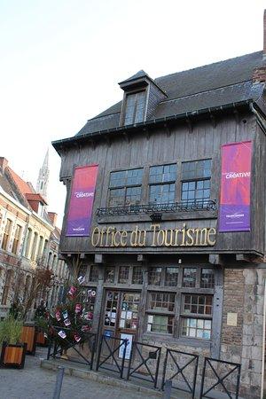 Valenciennes, Pháp: getlstd_property_photo