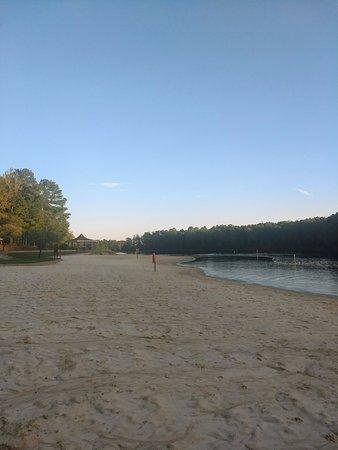 Elberton, GA: Beach view