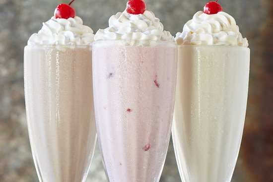 Martinez, Geórgia: SHAKES: Chocolate Fudge, Vanilla, Strawberry, Oreo, Peach