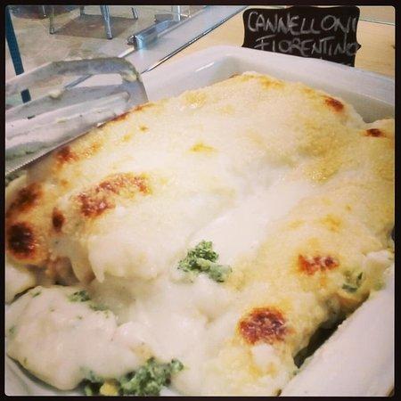 Marcialla, Italien: Cannelloni ricotta e spinaci