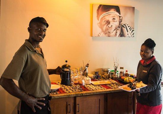 Umkhumbi Lodge: Breakfast