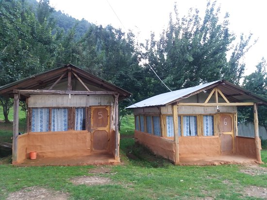 Small hut - Chitlang organic village resort