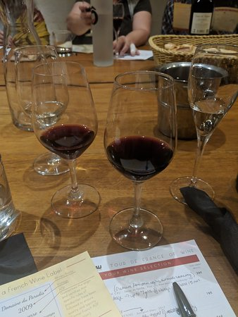 Paris French Wine Tasting in Elegant Bar with Lunch & Champagne Options: The reds