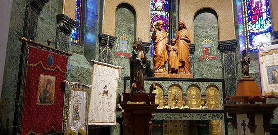 Sanctuaire Sainte-Anne-de-Beaupré: 20180701_142037_large.jpg