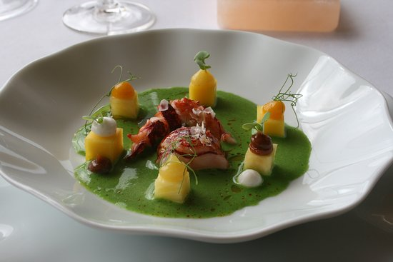 Restaurante Vila Joya: Lobster, green curry, pineapple
