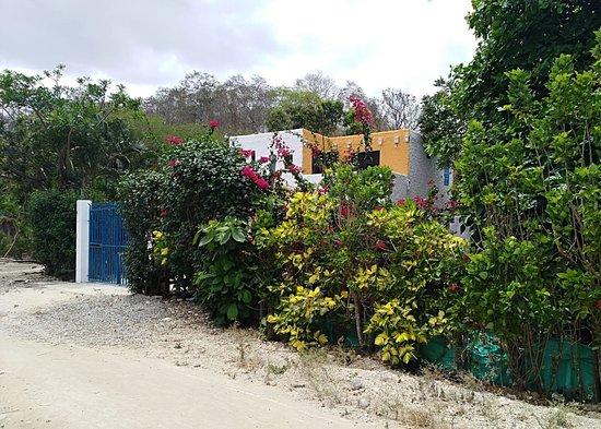 """Same, Ekvádor: vista desde afuera la Villa """"El ensueño"""""""