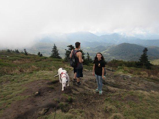 Roan Mountain, TN: clouds rolling in