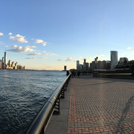 Hoboken Waterfront Walkway: photo4.jpg