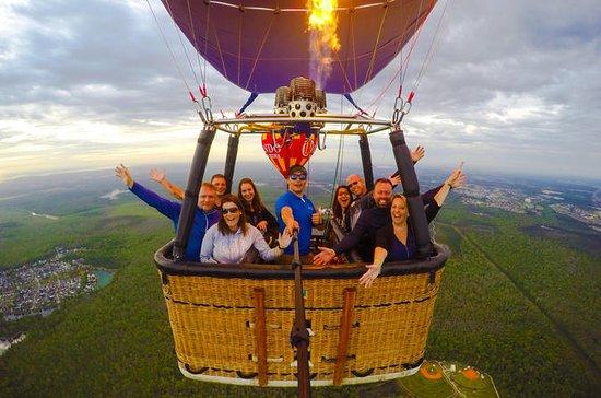 Passeio de balão de ar quente ao...