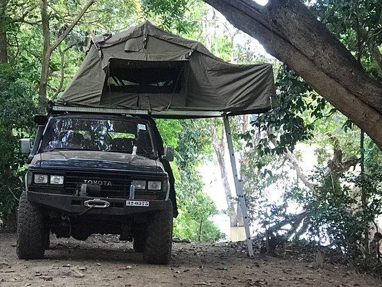 Sri Lanka Banee Tours:   4x4 Jeep Tours in Sri Lanka with Camping