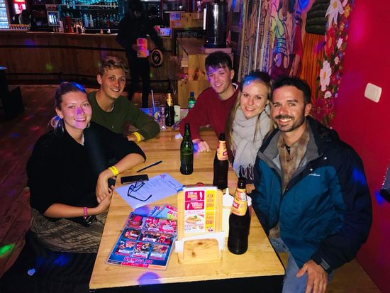 Pariwana Hostel Cusco: Cheers to new friends in a foreign country!