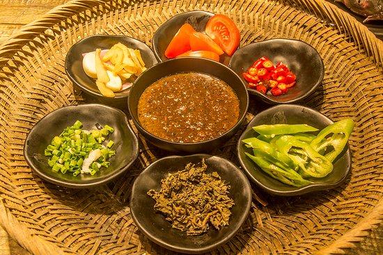 Liujie Beer Fish (Ding'E restaurant): beer fish spices