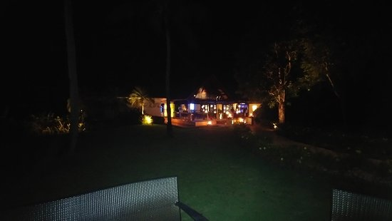 Cowrie Cove at Shangri-La's Mactan Resort & Spa: 20181005_191508_large.jpg