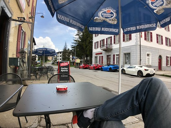 San Bernardino, Schweiz: Chilling outside