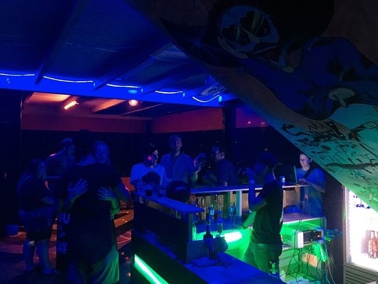 9 Bar