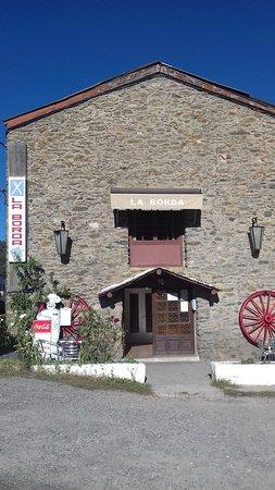 Montferrer, إسبانيا: Fachada